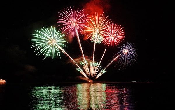 firework1-min