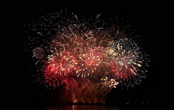 firework3-min